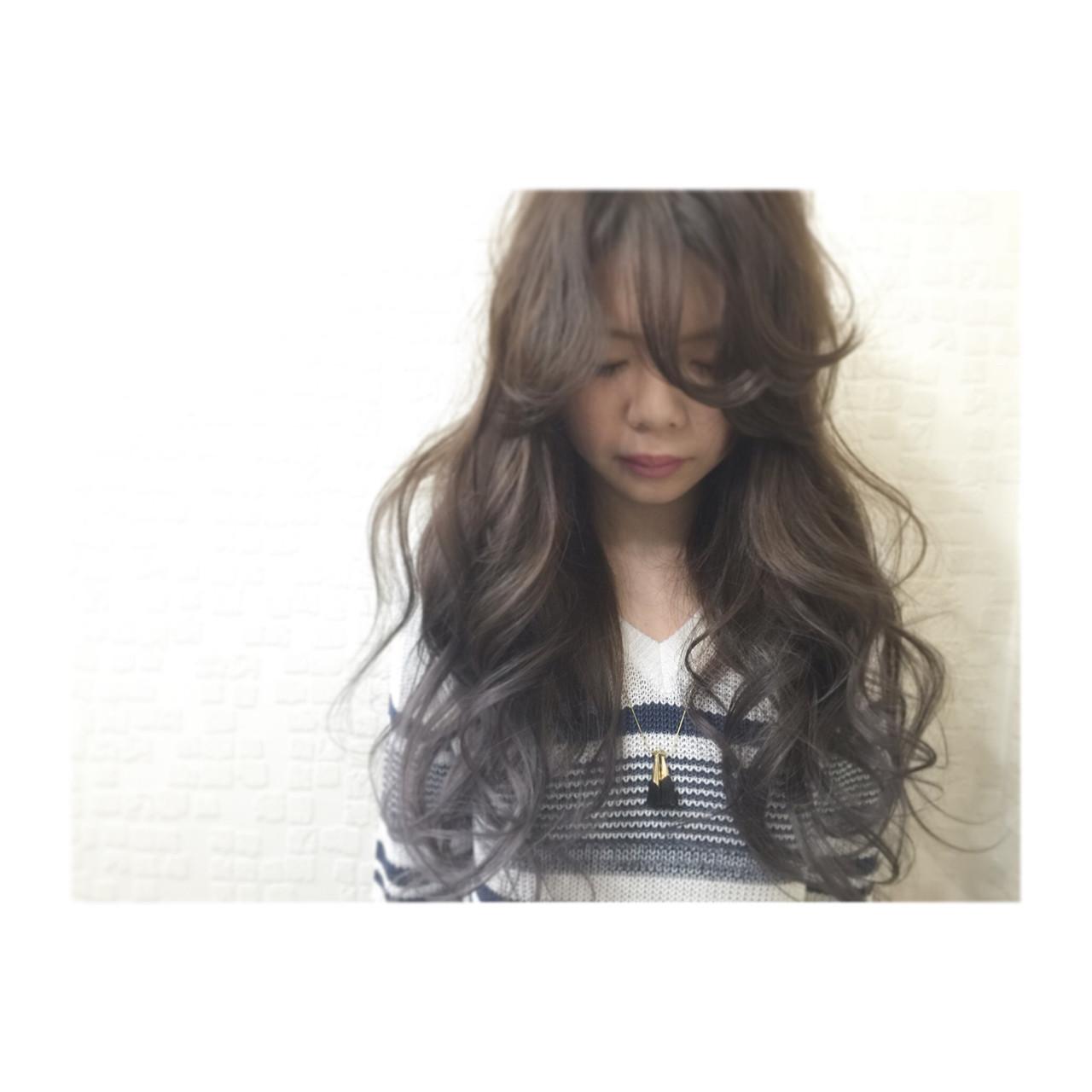 ロング 外国人風 アッシュ モード ヘアスタイルや髪型の写真・画像 | Saki / Direction