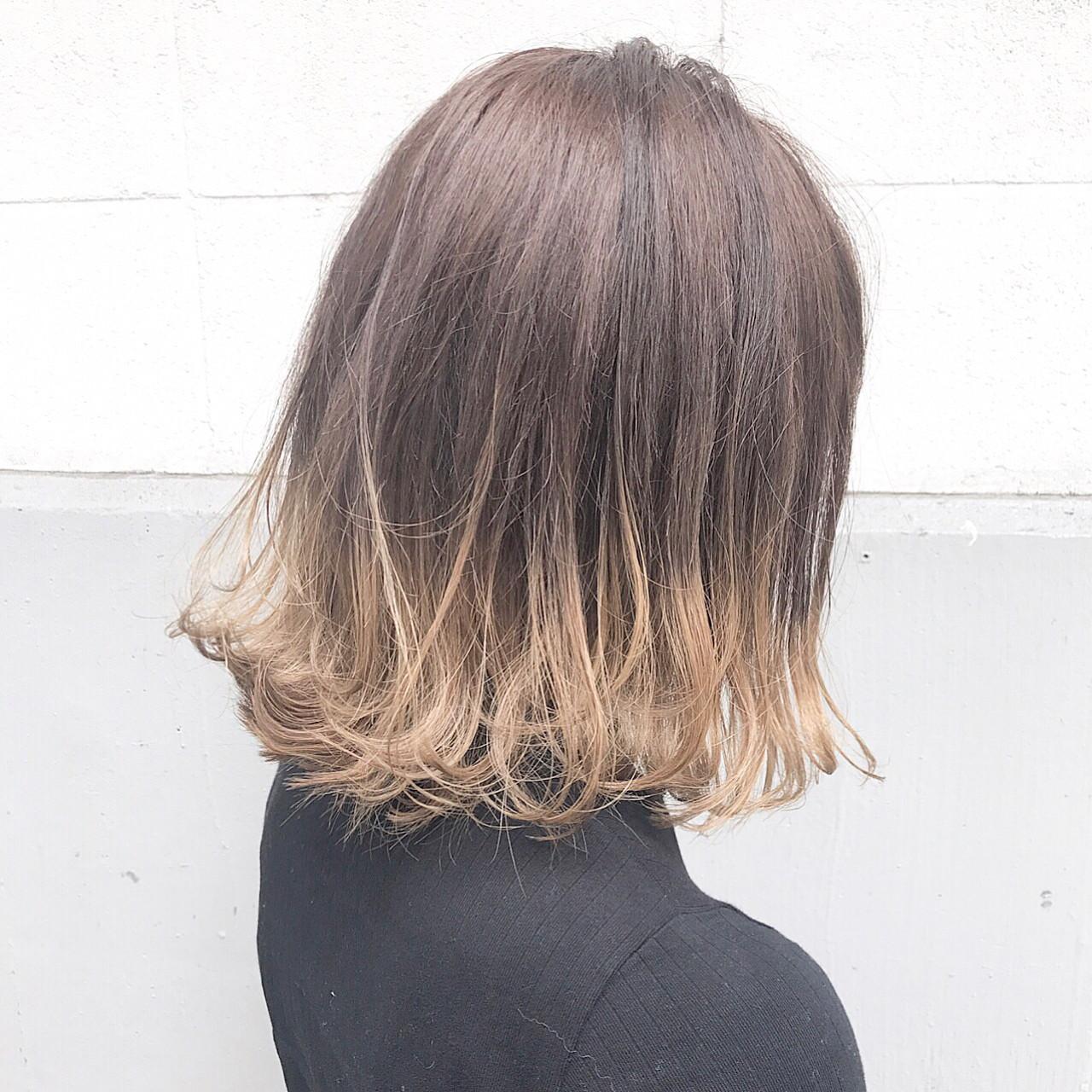 ボブ インナーカラー 色気 ミルクティー ヘアスタイルや髪型の写真・画像