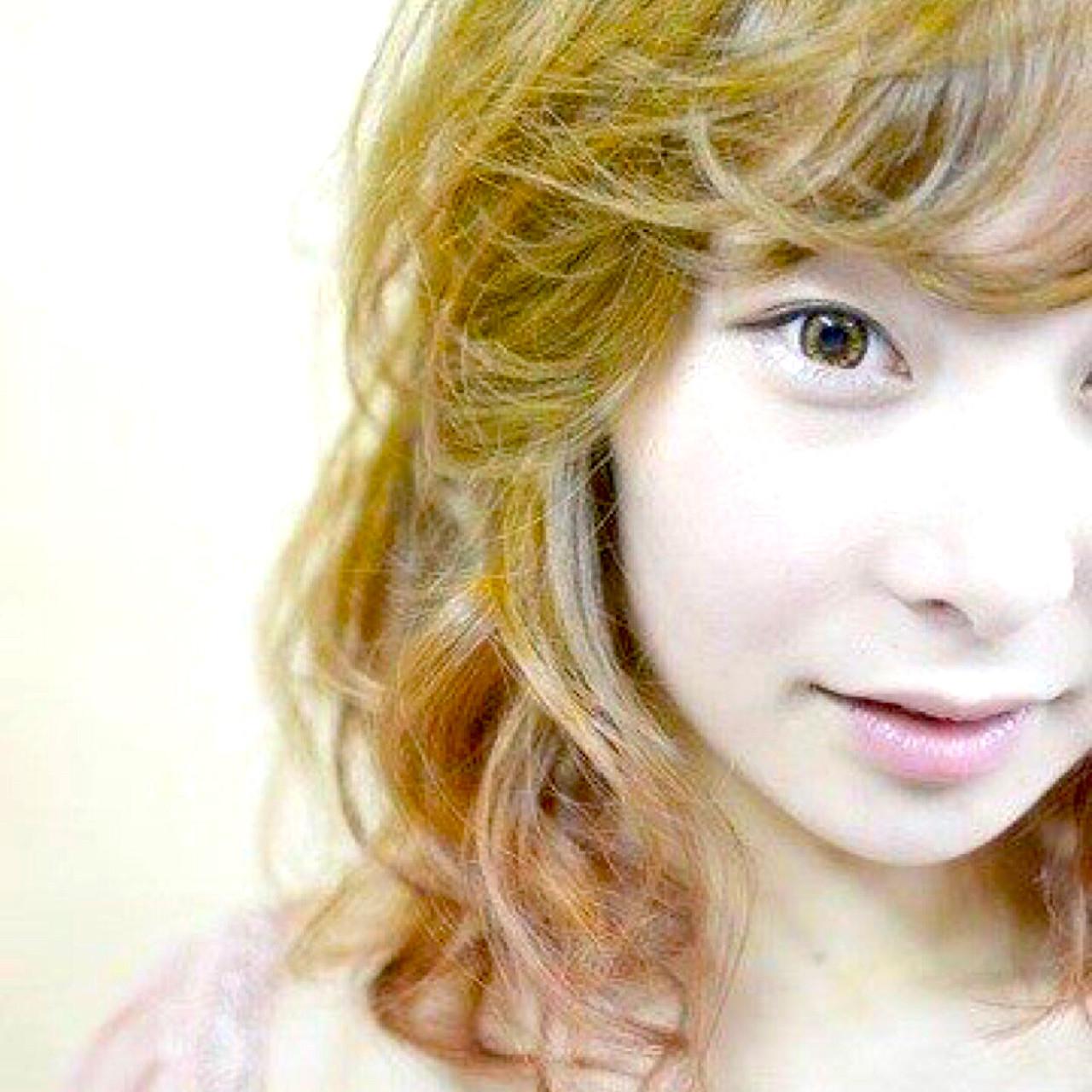 小顔 ストリート グラデーションカラー ピンク ヘアスタイルや髪型の写真・画像