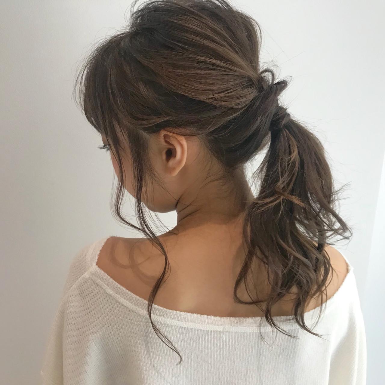 フェミニン ヘアアレンジ デート ミディアム ヘアスタイルや髪型の写真・画像