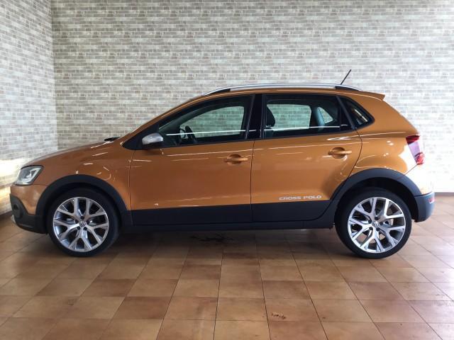 VW ポロ クロスポロ
