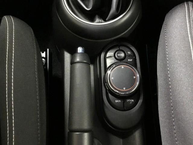 BMWミニ クーパーSD ペッパーPKG