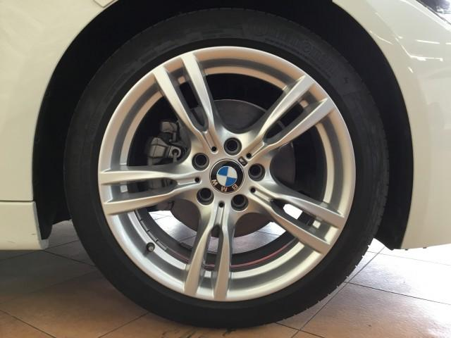 BMW 3シリーズ 320d Mスポーツ