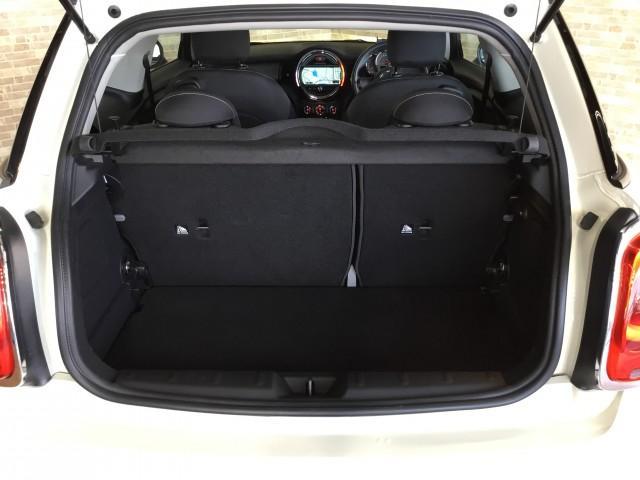 BMW MINI クーパーD