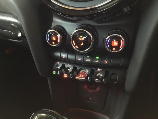 BMWミニ MINIクーパー