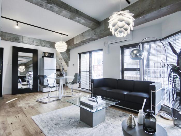 満室&家賃アップ!築古物件を特長ある高収入物件に再生1