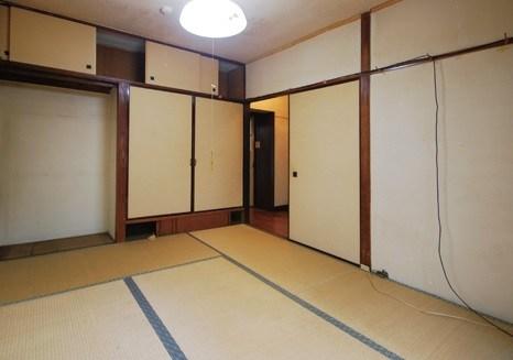 古い団地は「部屋数を減らす」リノベーションで現代的に生まれ変わる!2