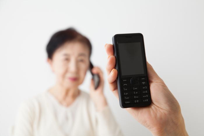 高齢者を安心して受け入れるために!孤独死対策に有効な見守りサービスの選び方1