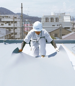 修繕コストを大幅減できる秘訣とは? 旭化成リフォームの30年耐久防水&外壁塗装