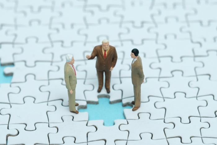 複雑な相続に悩むオーナーを、 専門知識と経験でサポート│フジ相続税理士法人/フジ総合鑑定2