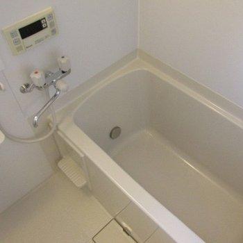 シンプルなお風呂。