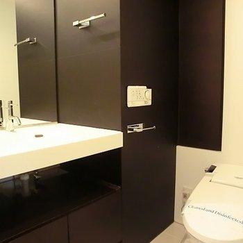 洗面とトイレは同室