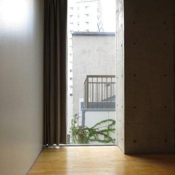窓が多めなのが嬉しい※写真606号室です。