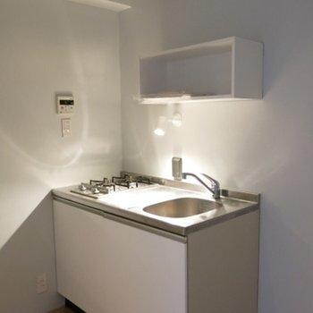 キッチンはしっかりタイプ※写真606号室です。