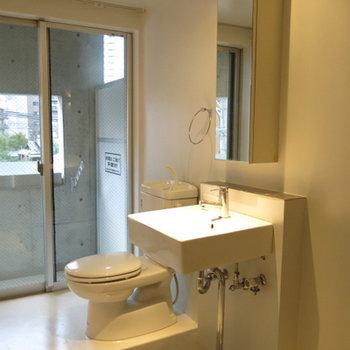 開放感のあるトイレ※写真606号室です。