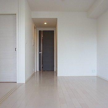 きれいなお部屋ですね。