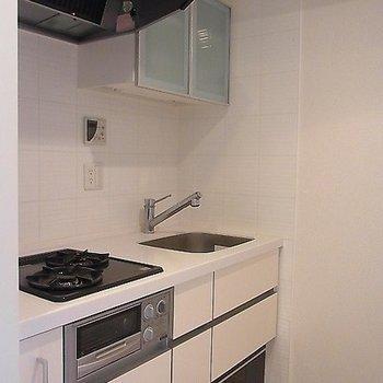 キッチンはガスの2口