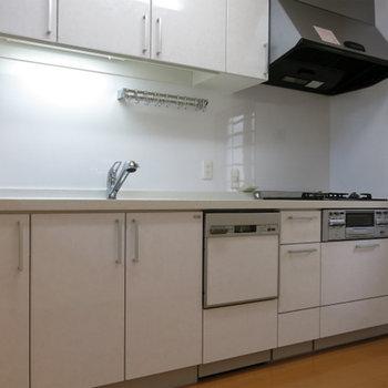 食洗機付の新しいキッチン!