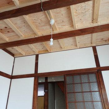 1階】天井部分は補修済み