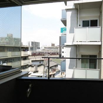 阪急電車を眺めて、、※写真は別部屋