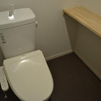 ウォシュレットつきトイレ。