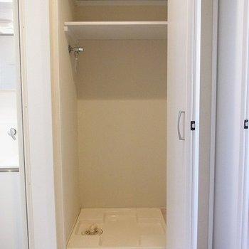 洗濯機は扉で隠せます※写真は別部屋です