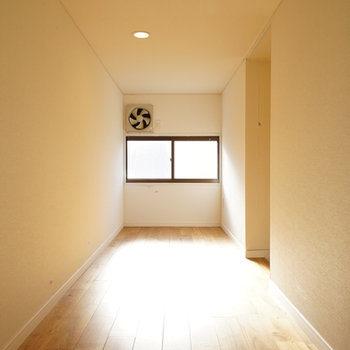 屋根裏もきれいな無垢床です※前回募集時の写真になります