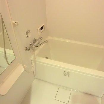 追い炊き機能つきのお風呂。※画像は別室です