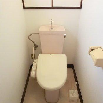 1階トイレ、2階にもあります。