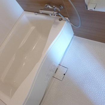 トイレに洗面台が付いています