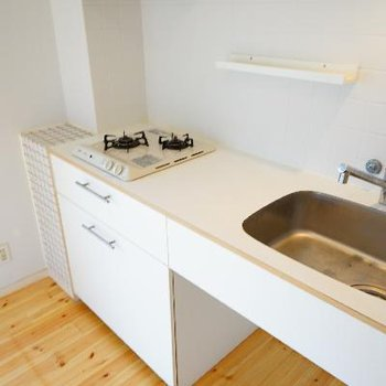 キッチンもゆったりサイズで2口コンロ♪