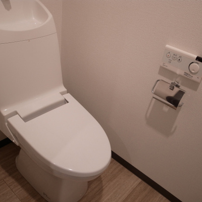 トイレも文句なし※写真は別部屋です。