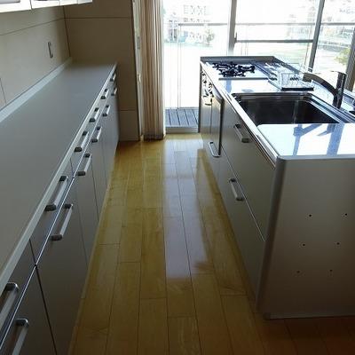 料理教室もできそうなくらいの設備※写真は別部屋です