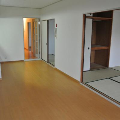 和室が2部屋と洋室1部屋