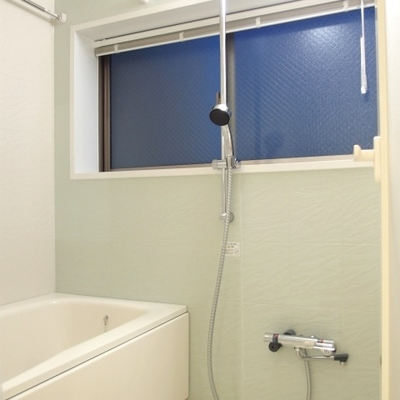 お風呂に窓あるといいですね