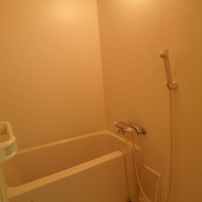 バスルーム!湯沸かし器ついてます!※写真別部屋