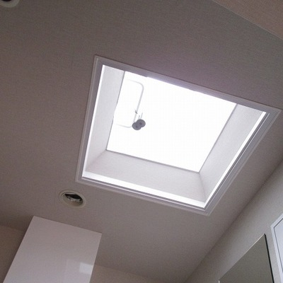 キッチン上に天窓があります。※写真は前回募集時のものです。