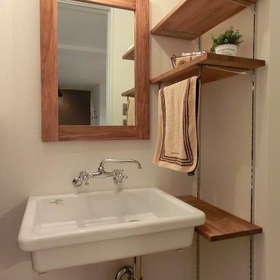洗面台も鏡もかわいいっ!