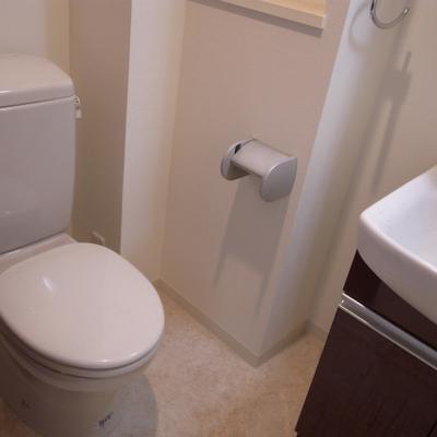 トイレと洗面台は一緒※写真は別部屋です!