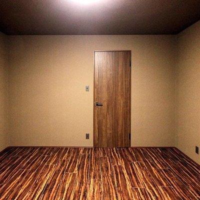 1階はこんな感じ
