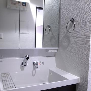 洗面台も使いやすそう※写真は別部屋です。
