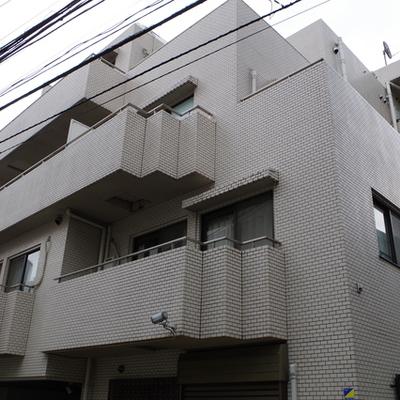 4階建てのマンション