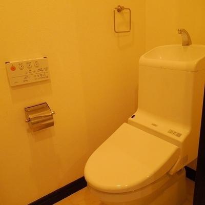 トイレは意外と普通