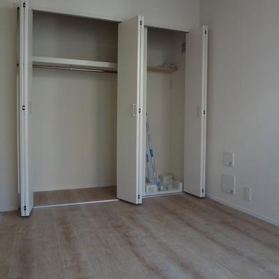 3階の収納&洗濯機置場