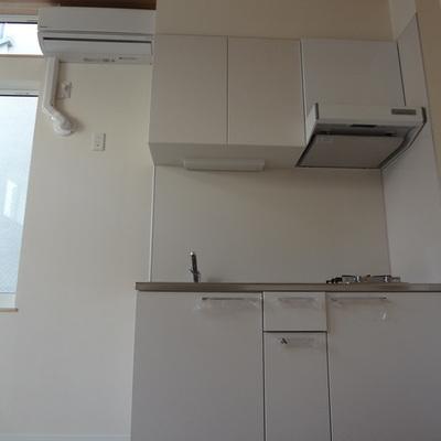 キッチンも機能性重視