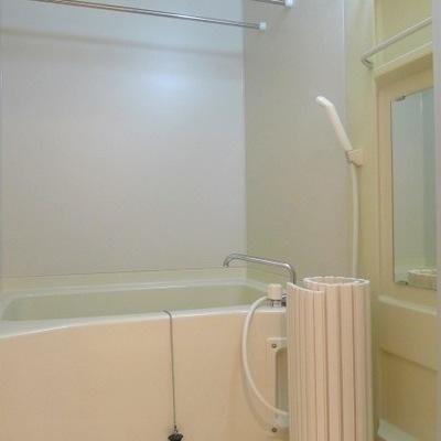 ユニットバスには浴室乾燥もついています。