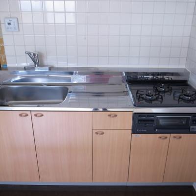 ガス3口キッチン