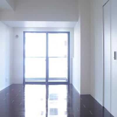 洋室は8帖、広いです。