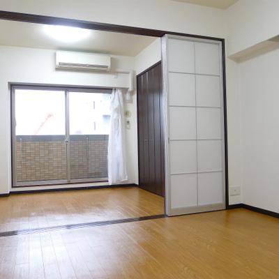 落ち着いた雰囲気のあるお部屋です。