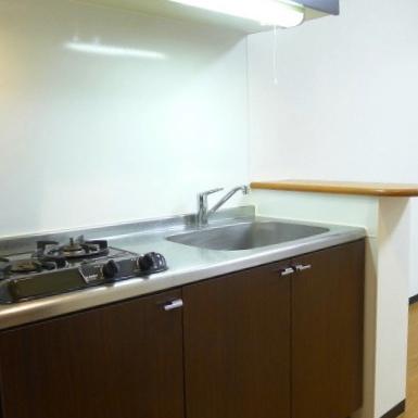 使い勝手の良い広いキッチンです。